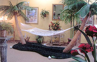 hammock jpg   38654 bytes custom made palm trees   hammocks  rh   custompalmtrees